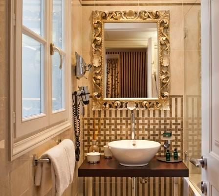 Hotel Ares Eiffel - Bathroom