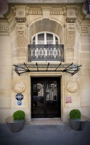 Hotel Ares Eiffel - Entrance
