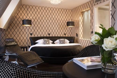 Suite - Hotel Ares Eiffel Paris